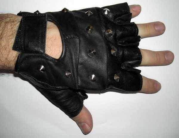 Vyprodáno - Chopper II kožené rukavice bez prstů s cvočky bezprs ťáky 621e772604